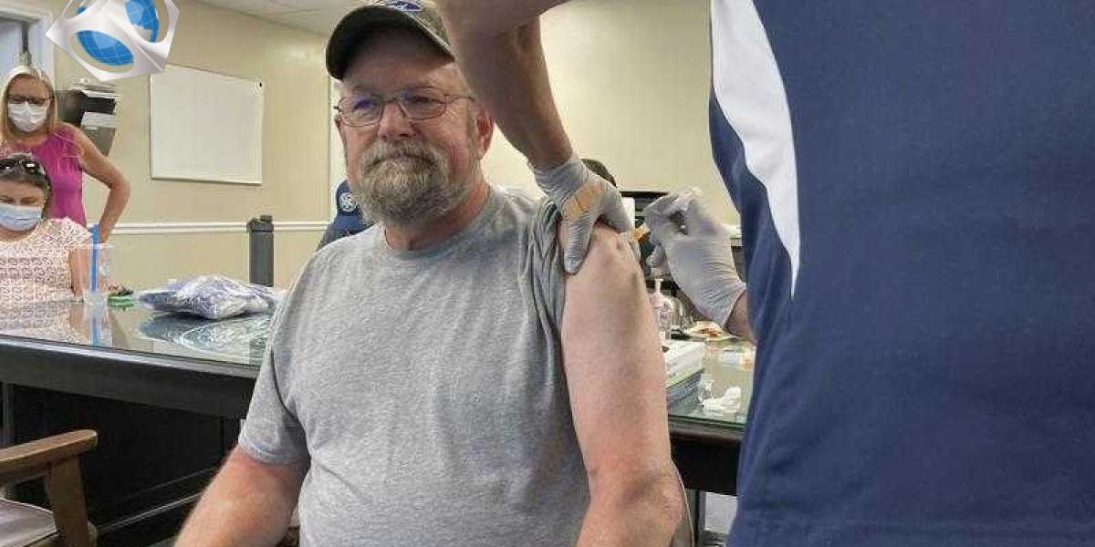 Rural Kentucky health officials press on, one shot at a time
