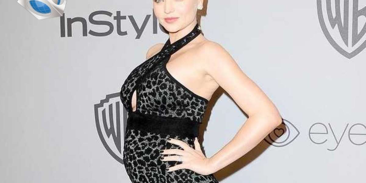 How is Miranda Kerr's life after remarrying