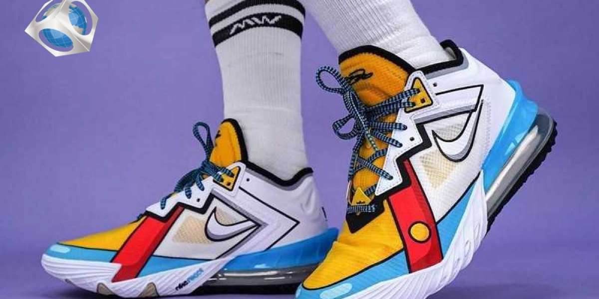 """2021 New Nike LeBron 18 Low """"Stewie Griffin"""" CV7564-104 Hot Sell !"""