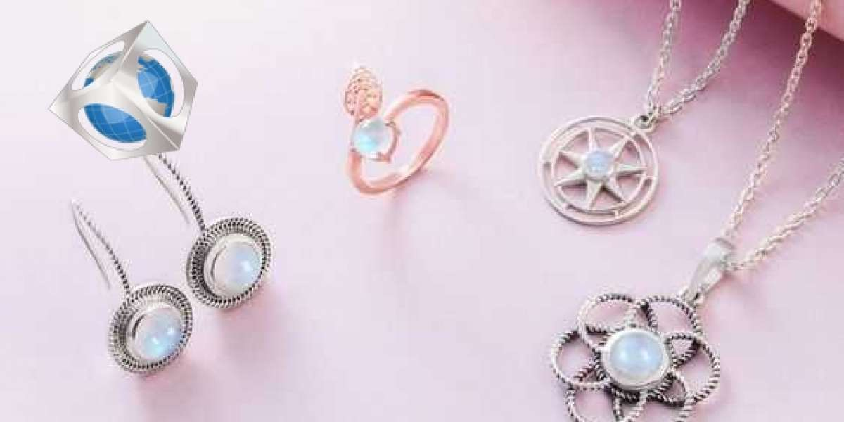 Buy Natural Moonstone Jewelry at Affordable Price